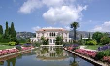 Villa_Ephrussi_de_Rothschild_BW_2011-06-10_11-42-29a[1]